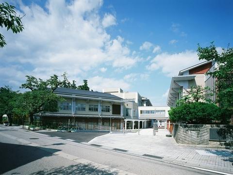 南砺市立城端小学校画像01