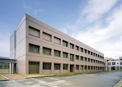 富山県立大学 生物工学科棟画像01