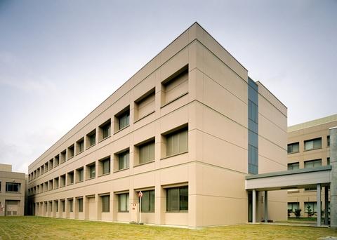 富山県立大学 生物工学科棟画像02