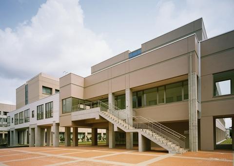 富山県立大学 生物工学科棟画像03