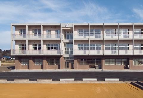 富山市立城山中学校画像02