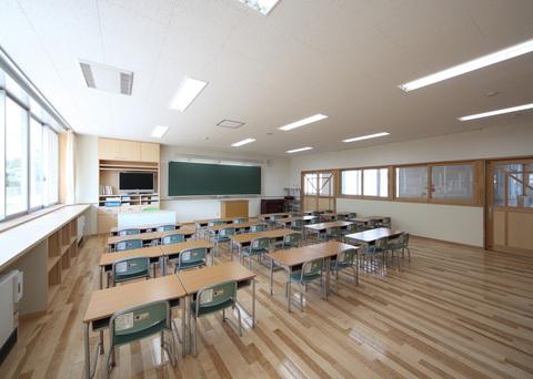 立山町立 立山中央小学校(改築)画像05