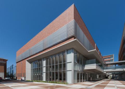 学校法人富山国際学園 富山短期大学  講義棟・ホール棟画像01