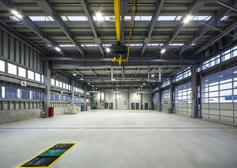 株式会社アイザック・トランスポート 整備工場画像04