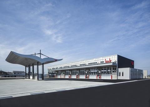 株式会社アイザック・トランスポート 整備工場画像01